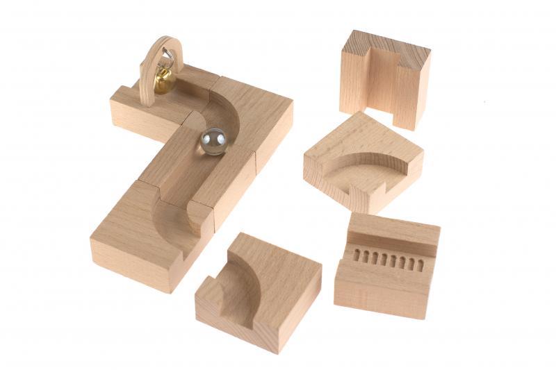 Romanswerk - Spielsachen, Möbel, andere Holzwaren und Zubehör